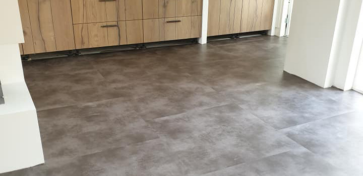 Nieuwe PVC vloer mogen verzorgen